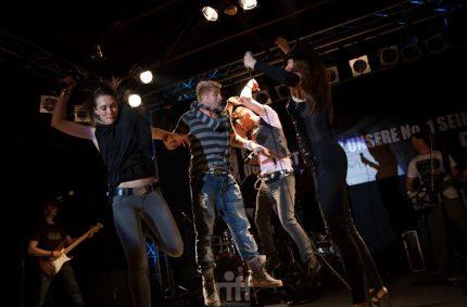 Jump…jump….jumping with Iva Zalac & David Nicoll & Daniel Vorholt!