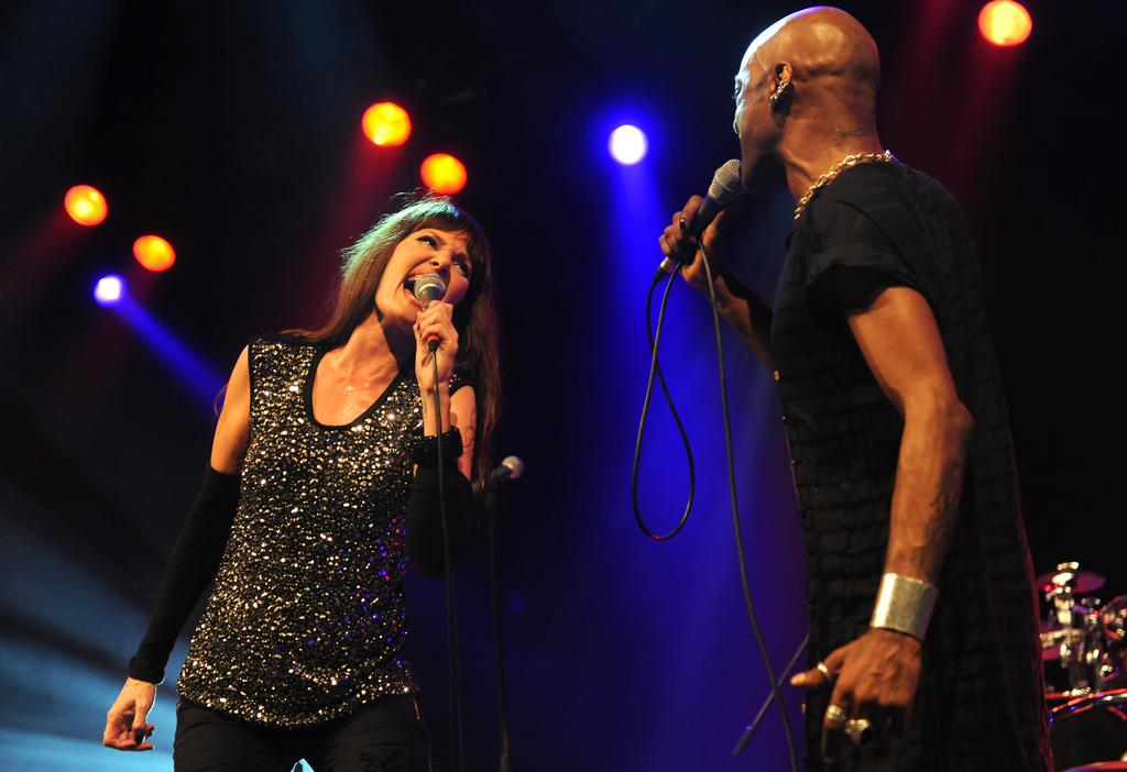 In Aktion: Pamela Falcon und Percival beim Zeltfestival Ruhr 2012.