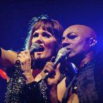 Pamela Falcon und Percival singen im Duett beim Zeltfestival Ruhr den Prince Klassiker Purple Rain – Foto: Ingo Otto / WAZ FotoPool