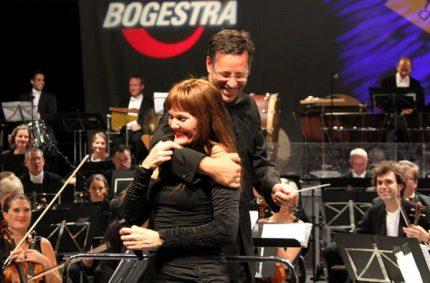 Pamela Falcon & Steven Sloane & The Bochum Symphonic Orchestra