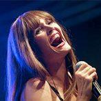 """Glitzernder Pop von Pamela Falcon und den """"Voice""""-Stars"""